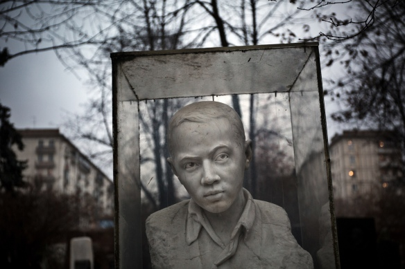 Stone-face #01: Vova Borkov